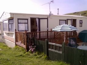 Dog Friendly Caravan Bradstock | Beachside Park Static Caravan Dorset